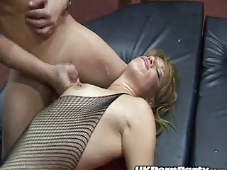 English Amateur Gangbang Party