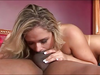 Channel 900